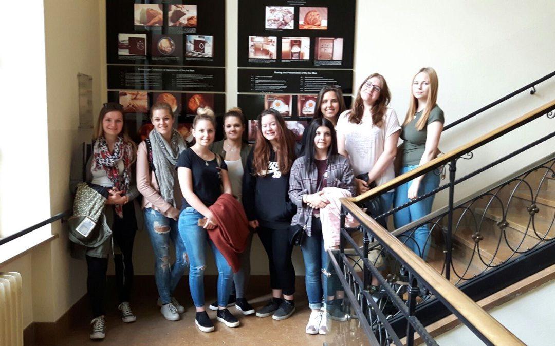 1ALB: Besuch des Anatomiemuseums in Innsbruck