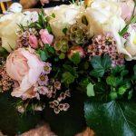 wunderschöne Blumenarrangements, Foto: Gutleben